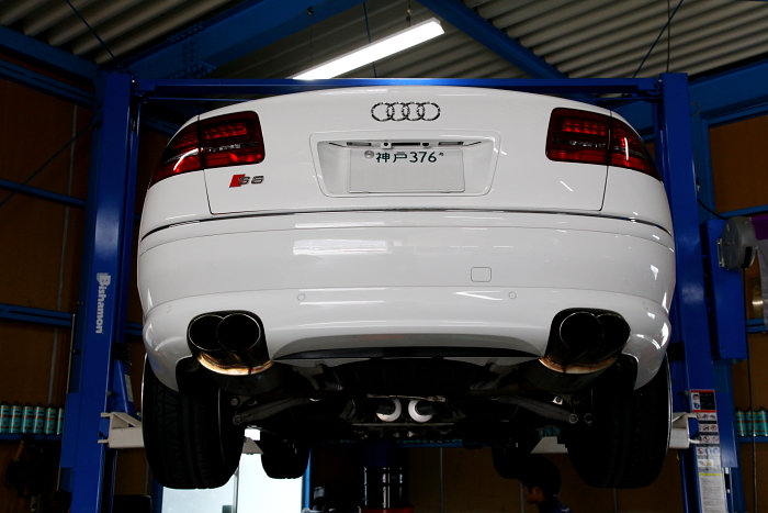 Audi S8/V10 & メンテナンス+オイル交換一式!!