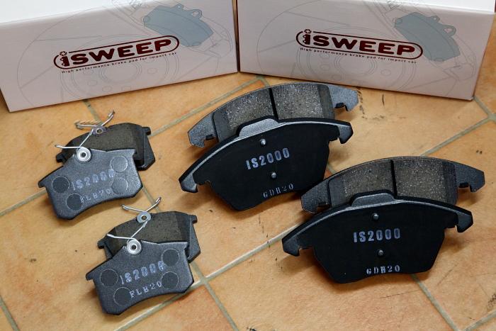 Audi A1/8X & 低ダストパッド+キャリパーペイント+FLATワイパー+バッテリー+S-トロニックオイル!!