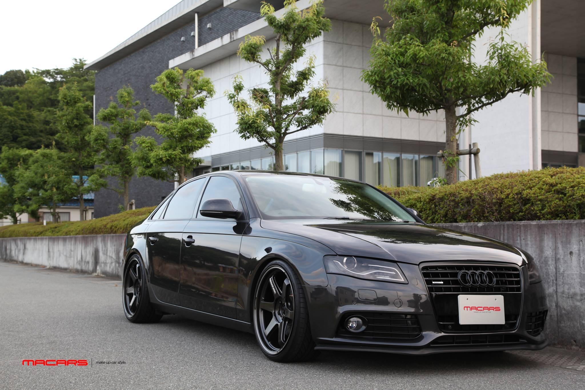 Audi A4/B8 3.2LQ Sedan