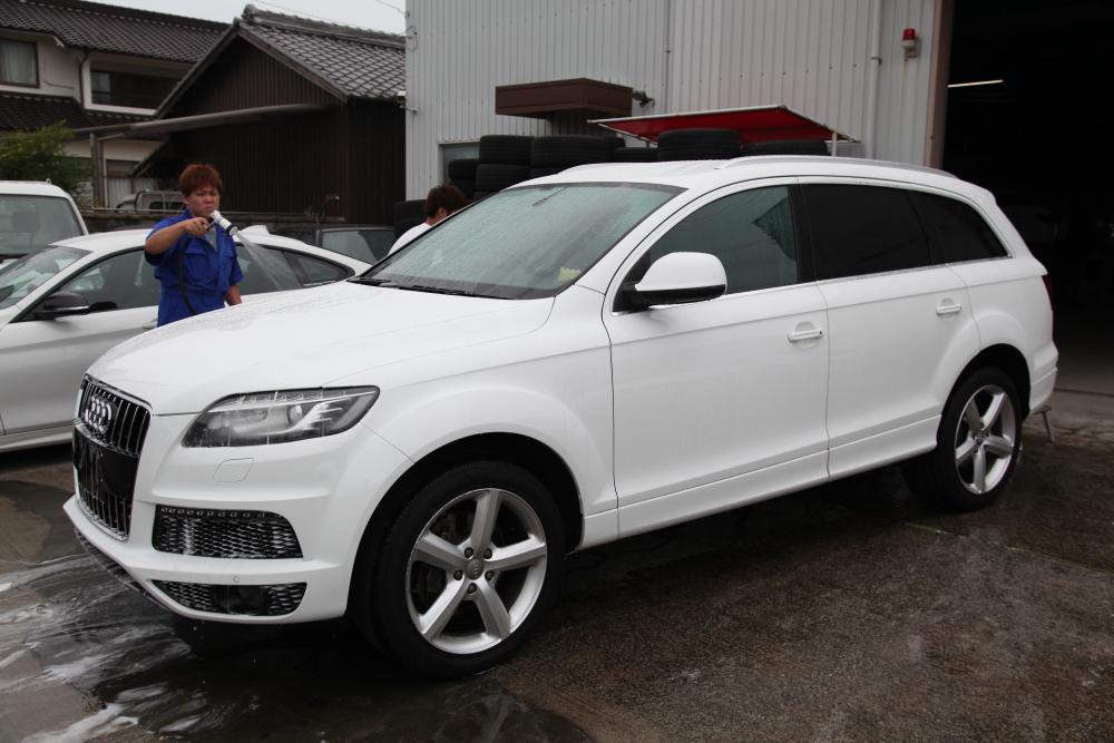 Audi Q7/3.0T & 車両販売+車検整備+メンテナンス一式+タイヤ交換+コーディング変更!!