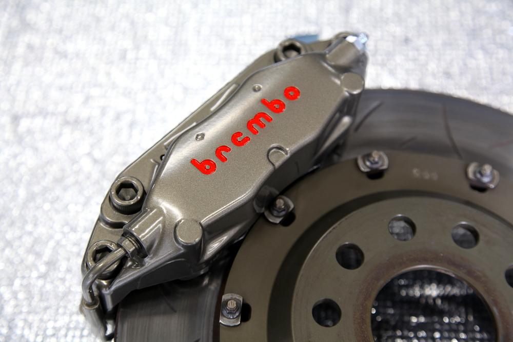 VW SCIROCCO & Brembo 4POT Rdd製332mmKIT装着!!