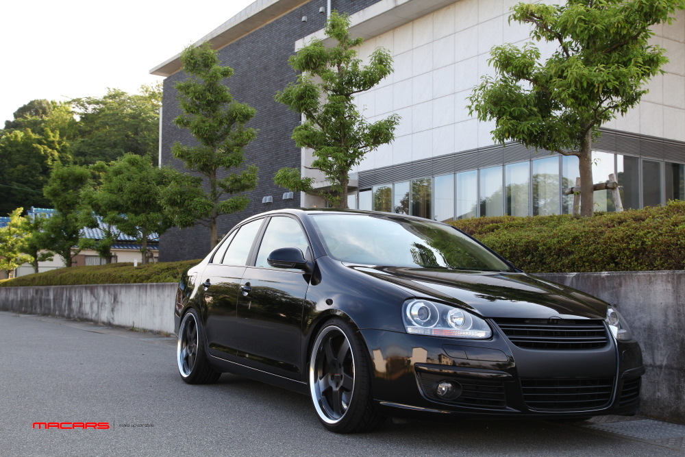 VW JETTA/Mk5