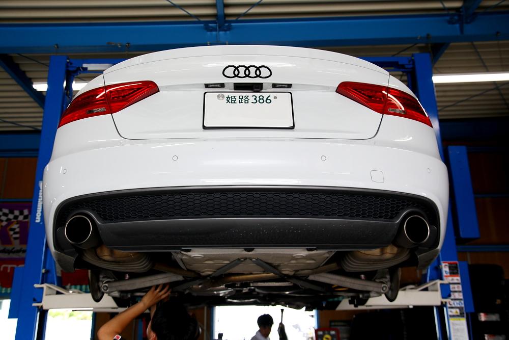Audi A5/SB & エンジンオイル交換+タイヤ組替+GYEONメンテナンス洗車!!