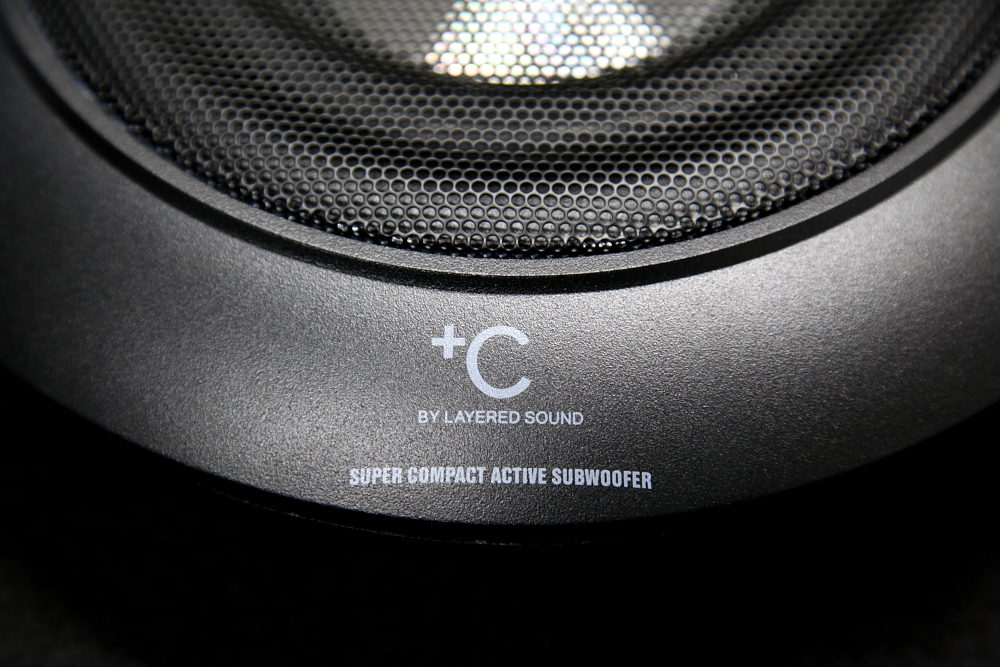 Audi A4/B8.5アバント & LAYERED SOUND SUBWOOFER!!