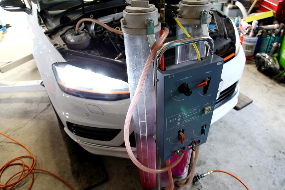 VW MK7/Variant & 車検+メンテナンス+モールラッピング施工!!
