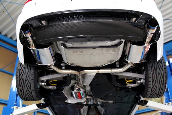 Audi A4/B8+インコネル+ワンオフマフラー+CABON!!