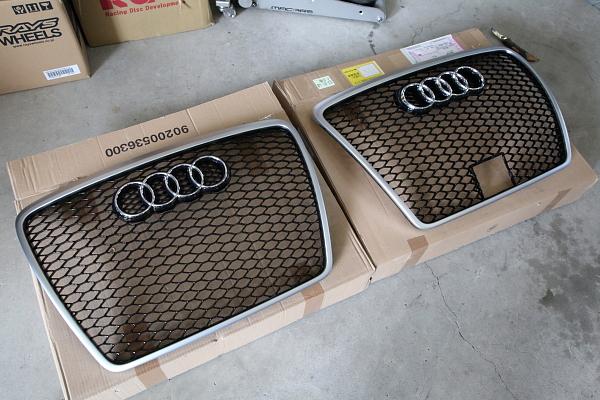 Audi純正 RS6フロントグリル装着!!