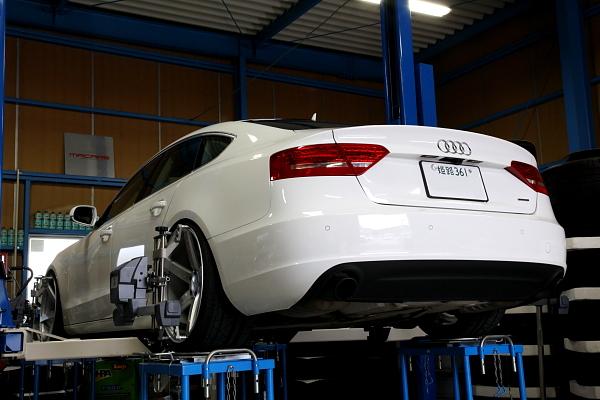 Audi A5/SB + アライメント調整 + コーディング変更!!