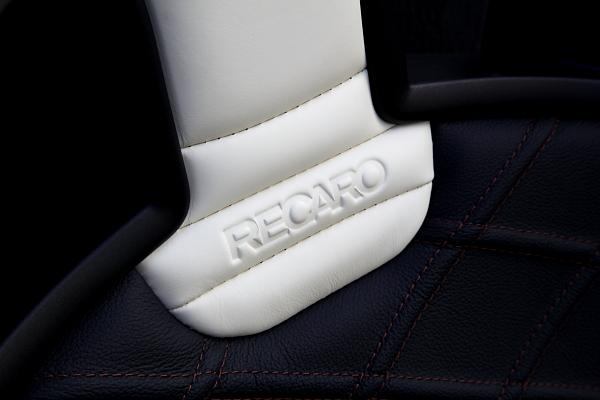 BMW E89/Z4 + RECARO Sportster Limited Edition!!