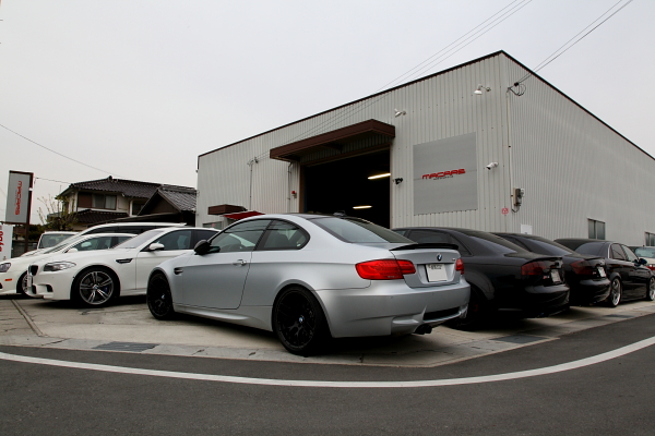 BMW E92/M3 +BMWパフォーマンスステアリング装着 & BMW続々入庫してます!!