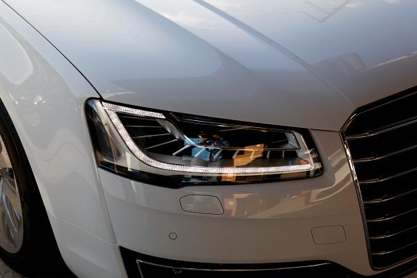 新型Audi A8/Hybridセダン コーディング変更 & 新型Audi A3/8Vセダンご来店!!