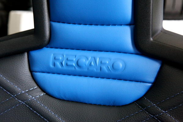 BMW E89/Z4 & RECARO Sportster Limited Edition + 内装張替!!