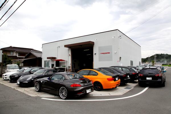 PORSCHE 991/カレラS+タイヤ交換+アライメント調整 & VW パサート/3C+ブーツ交換!!