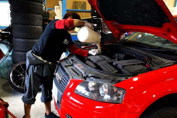 Audi A3/8P & 車検も多数ご依頼頂いております!!