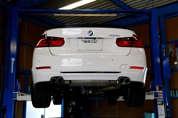 BMW F30/328 & 車検+オイル交換+メンテナンス+パッド交換!!