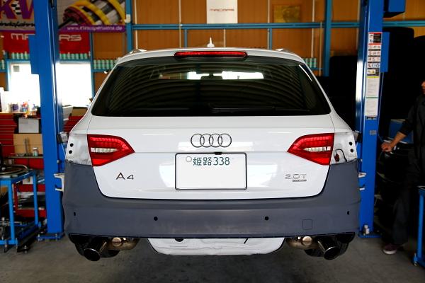 Audi A4/B8 & 保険修理!!