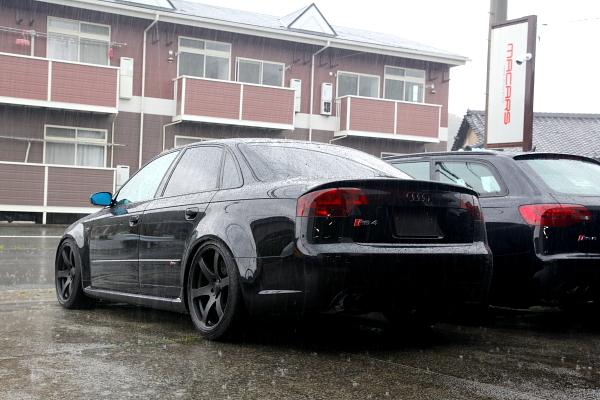 Audi A4/B7 & 車検+メンテナンス+KW+バッテリー!!