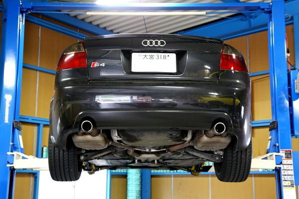 Audi S4/B6 & シャフトブーツ・アッパーアーム・アッパーマウントブッシュ交換!!