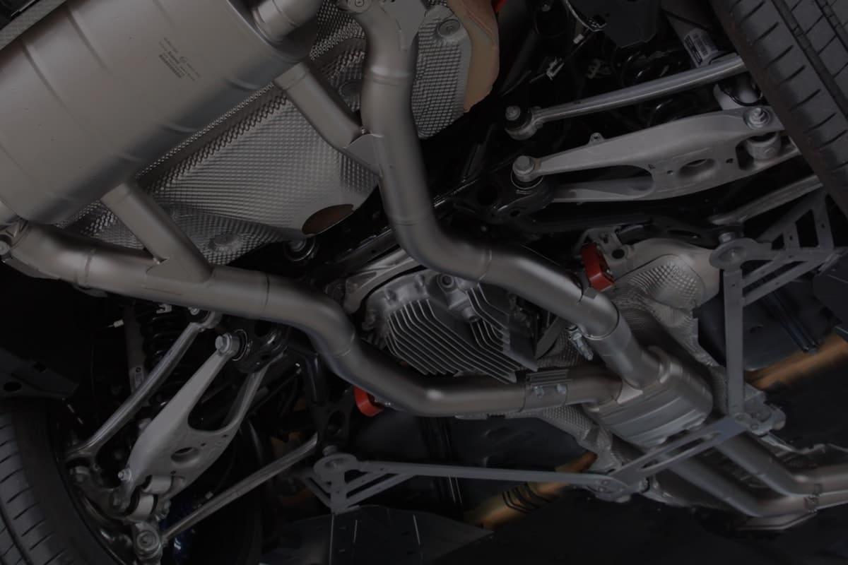 点検・修理 | メンテナンスは車の寿命、コンディションを大きく左右します。メンテナンスのご相談・ご用命はお気軽に当店までお問い合わせください。
