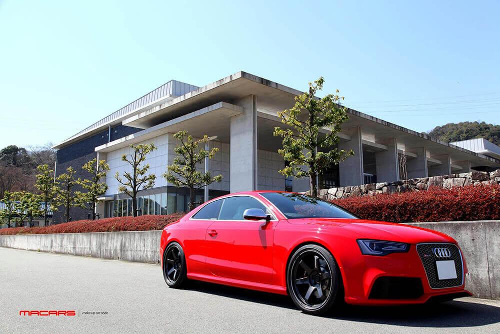 Audi RS5/8T