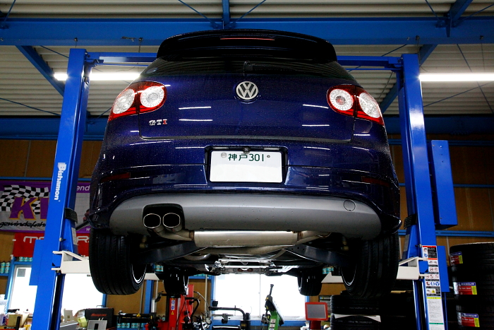 VW MK5/GTI & オイル交換施工!!
