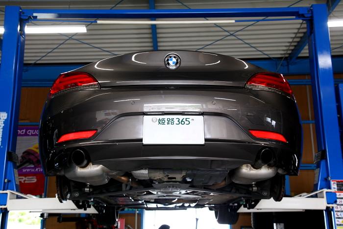 BMW E89/Z4 & オイル交換+タイヤ組み換え!!