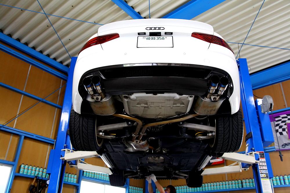 Audi A5/2.0Tクーペ & メンテナンス+カスタムフィニッシュ変更!!