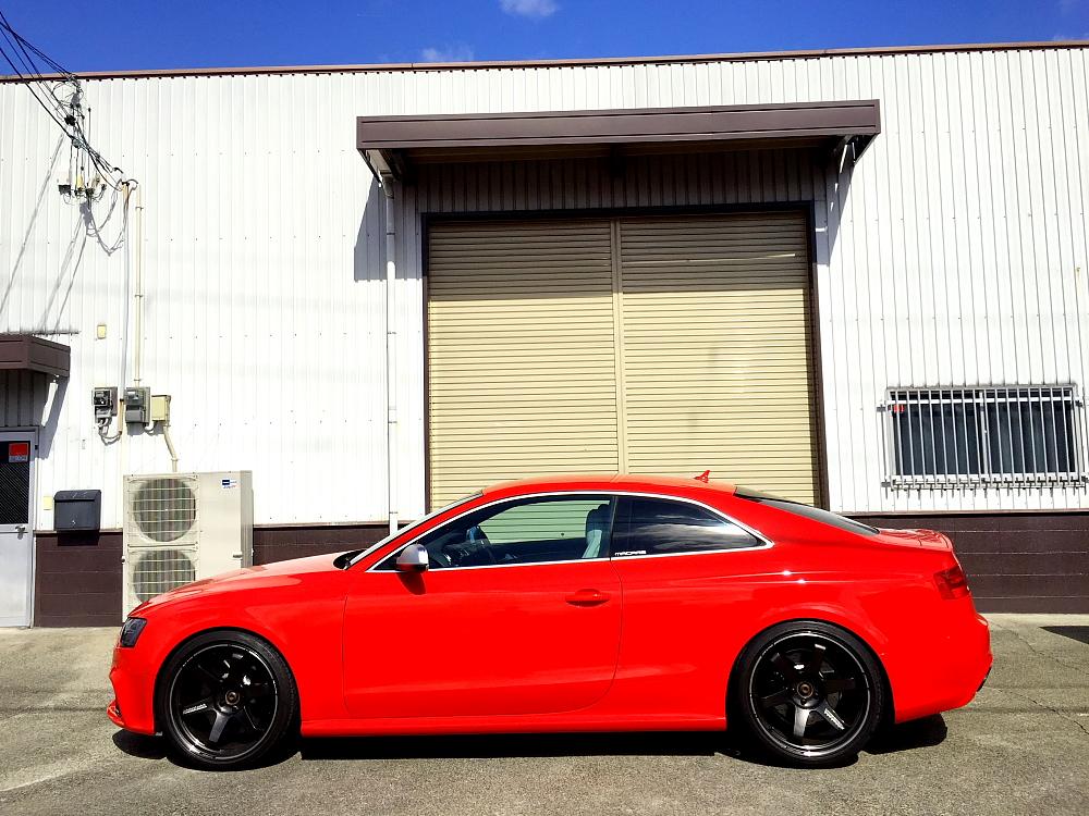 Audi RS5スタジオ撮影 & Audi TT/8J+ブレーキフルード交換!!