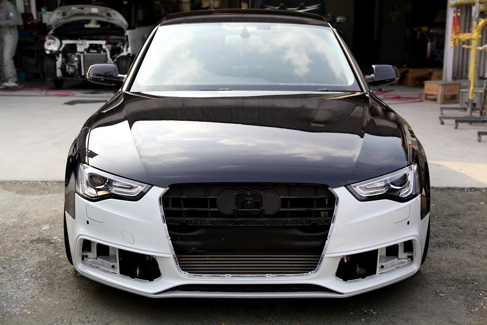 Audi A5/SB & S-LINE仕様変更+CORELED FOG BLUB!!