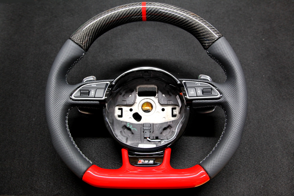 Audi RS5/B8.5 & カスタム カーボンステアリング!!