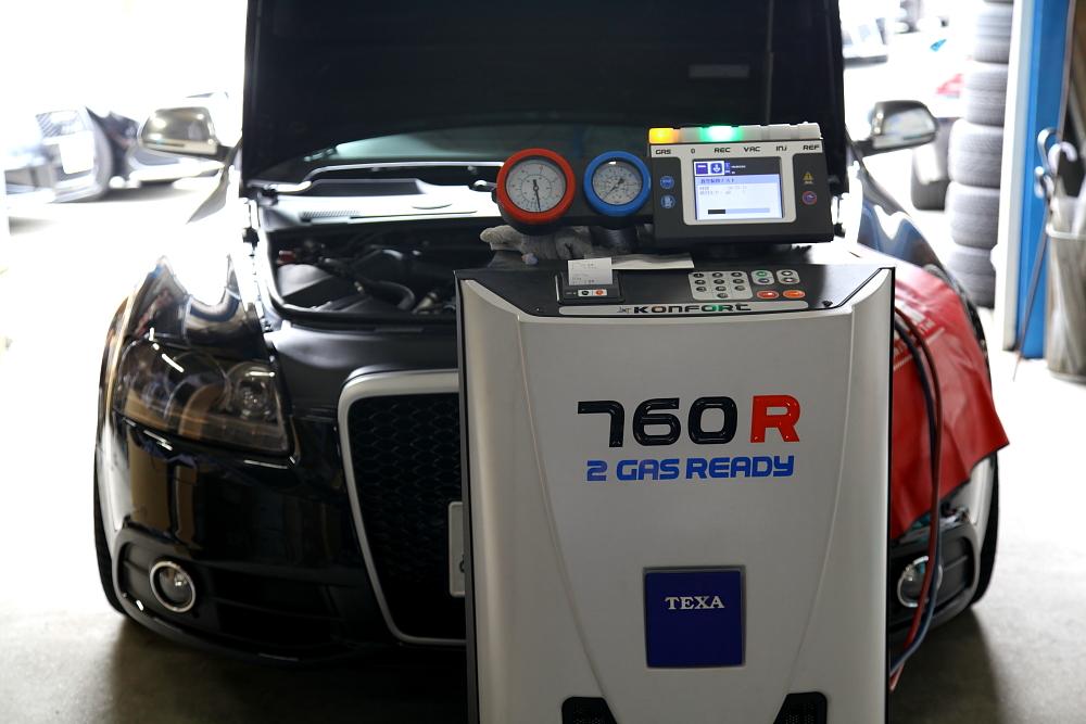 Audi A6/4F & エアコンガスリフレッシュ+ドライブシャフトブーツ+オイル交換!!