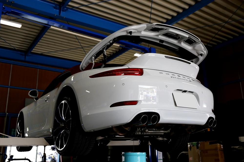 Porsche911/991カレラSカブリオレ & エンジンオイル交換!!