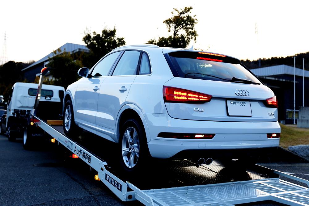 Audi Q3 & スタッドレスタイヤ+PLUG TV!+YUPITRRU+祝納車!!