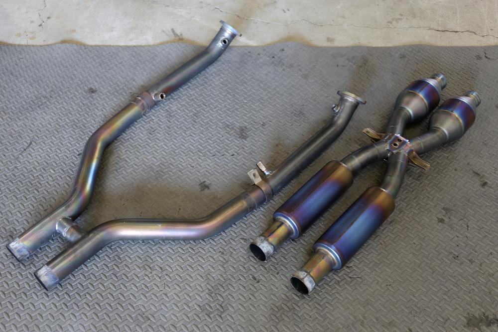 BMW E92/M3 & AKRAPOVIC Evolution Line変更!!