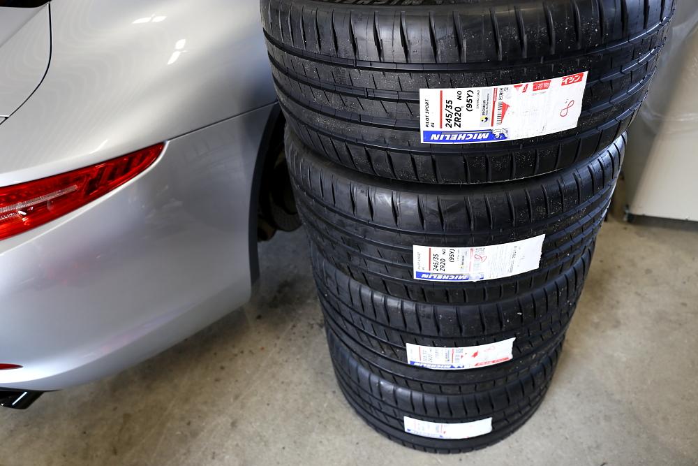 Porsche991カレラ4GTS & MICHELIN PILOTSPORT 4S+ホイールコーティング+アライメント調整!!