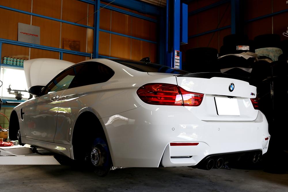 BMW F82/M4 & 車検・メンテナンス施工!!