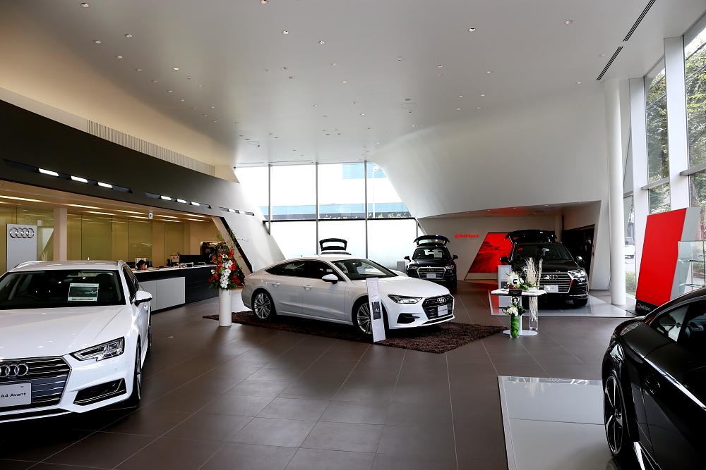Audi NEW A7 Sportback &『RECARO体感試座会』開催のお知らせ!!
