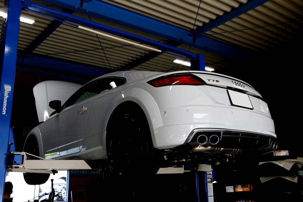 Audi TTS/8S & 車検・メンテナンス施工!!