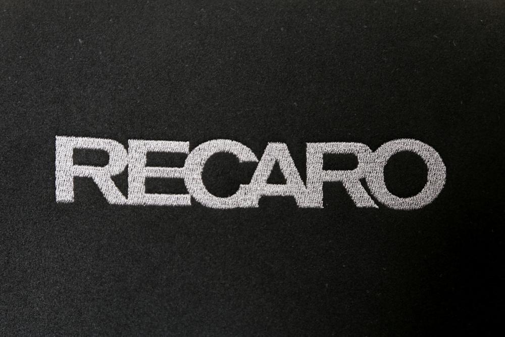 Audi TTRS/8J & RECARO RS-G装着!!