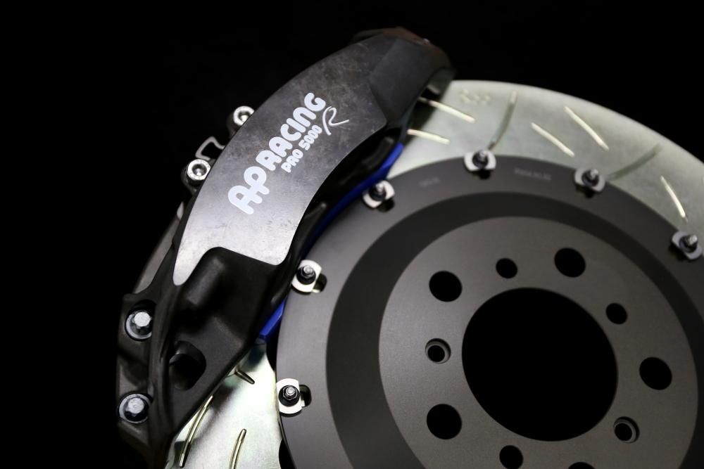 BMW F87N/M2コンペティション & AP RACINGキャリパー+特注Rdd製2ピースローターKit!!