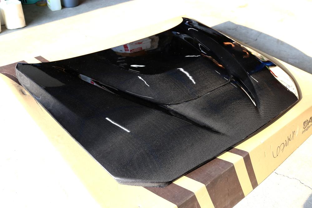 BMW F87N M2コンペティション & ARMAカーボンフード+クリアーブラツクペイント+コーティング!!