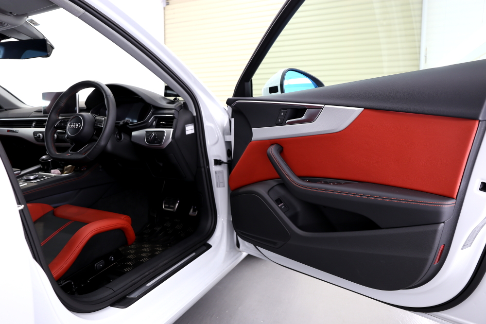 Audi A4/B9 Avant