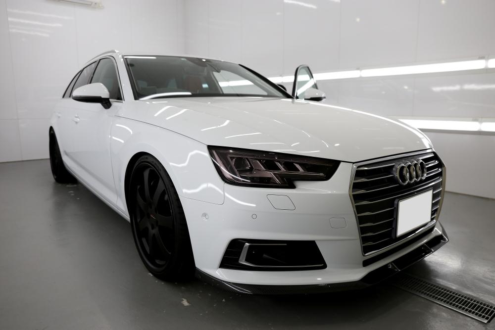 Audi A4/B9 AVANT & リアシート・ドアパネル張替+レザーコーティング施工!!