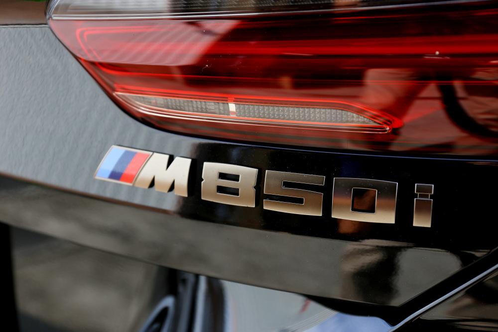 BMW M850i & PLUG CONCEPT! PLUG TV!+PLUG DSP!