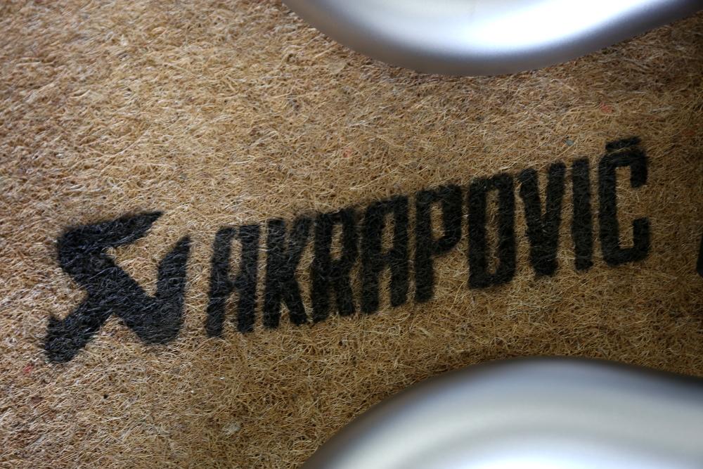 BMW F87N M2コンペティション &  AKRAPOVIC+ホイール+タイヤ+レース用パッド+アライメント調整!!