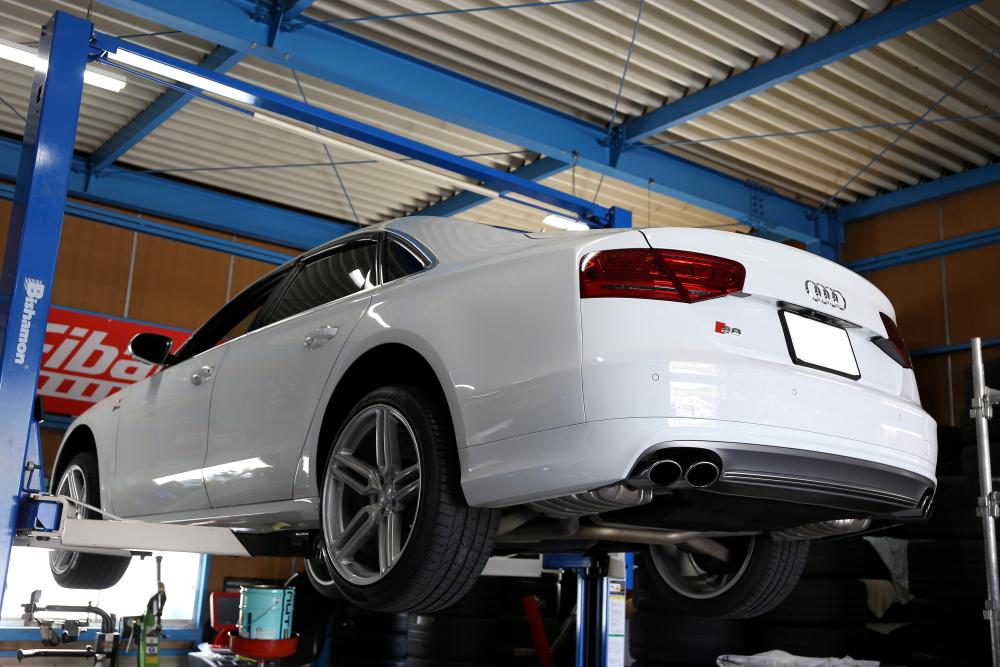 Audi S8/4H & ATFオイル交換+メンテナンス施工!!