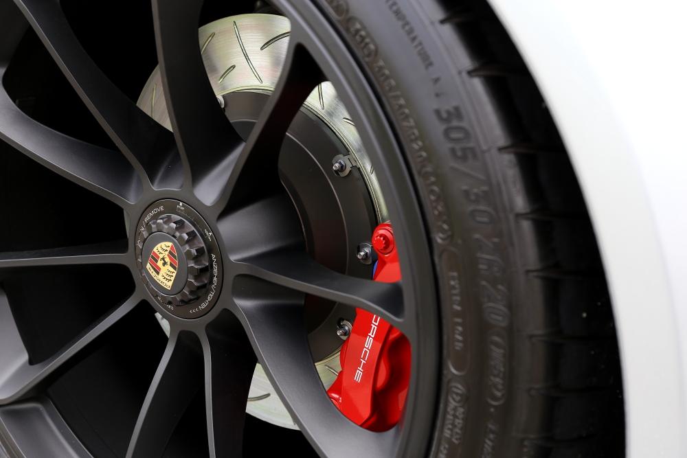 Porsche911 Carrera GTS