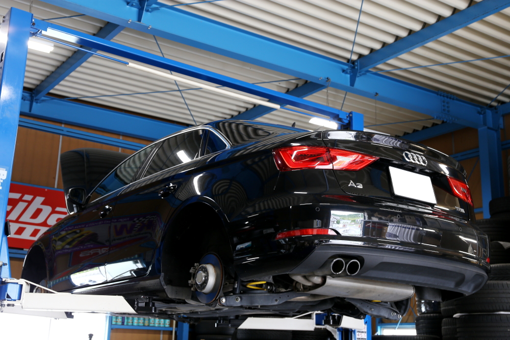 Audi A3/8V & 車検・オイル交換・タイヤ交換・ワイパー交換・メンテナンス施工!!