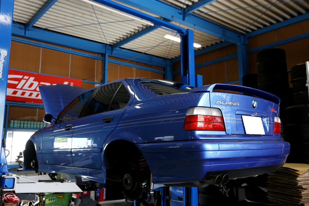 BMW ALPINA B8 4.6