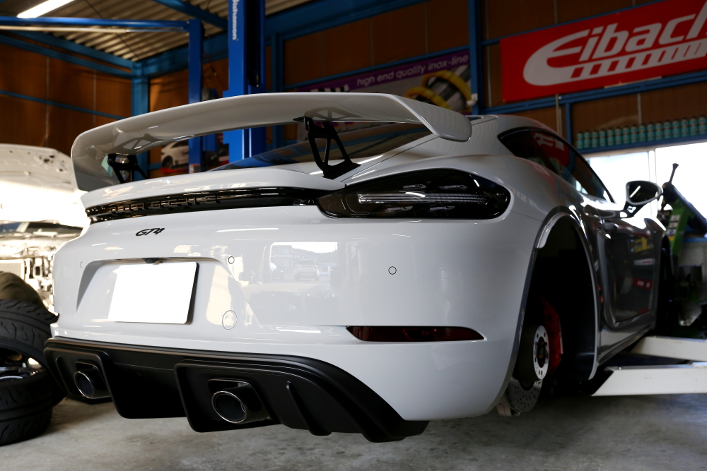 Porsche 718/Cayman GT4 & 純正ホイール+キャリパーコーティング施工+YUPITERU Z830DR+祝納車!!